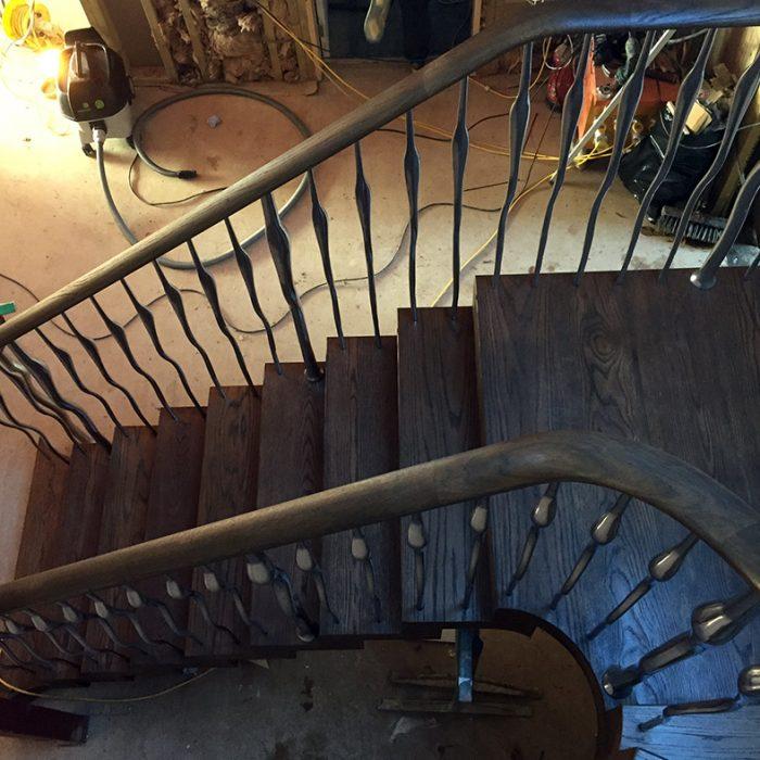 Famouth-3-700x700 Staircase Portfolio
