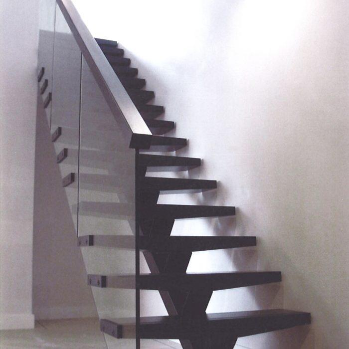 birmingham-penthouse-glass-staircase-2-700x700 Staircase Portfolio