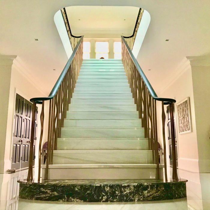 boo1-700x700 Staircase Portfolio