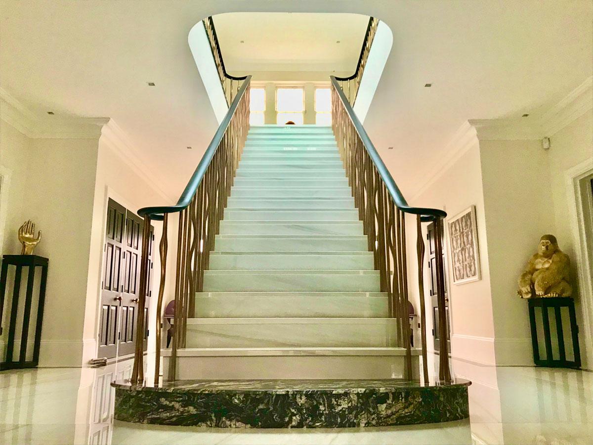 boo1 Heronswood Staircase