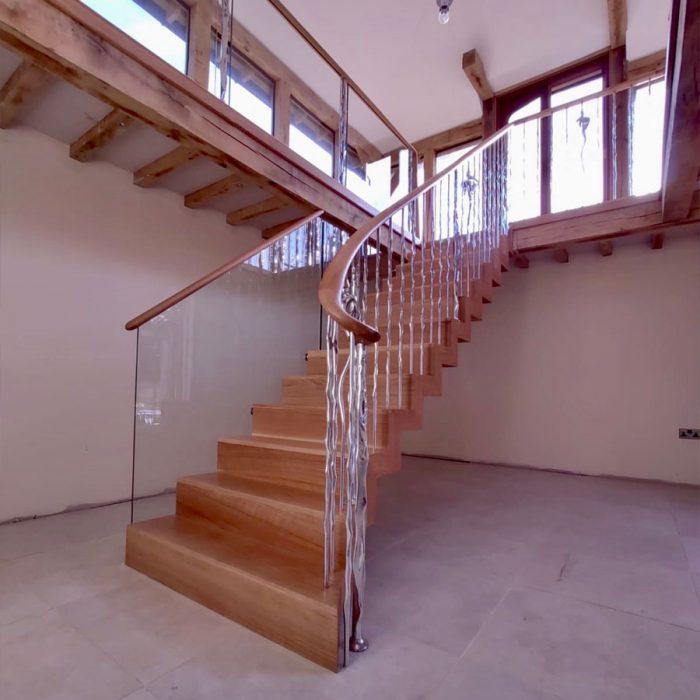 farnine6-700x700 Staircase Portfolio