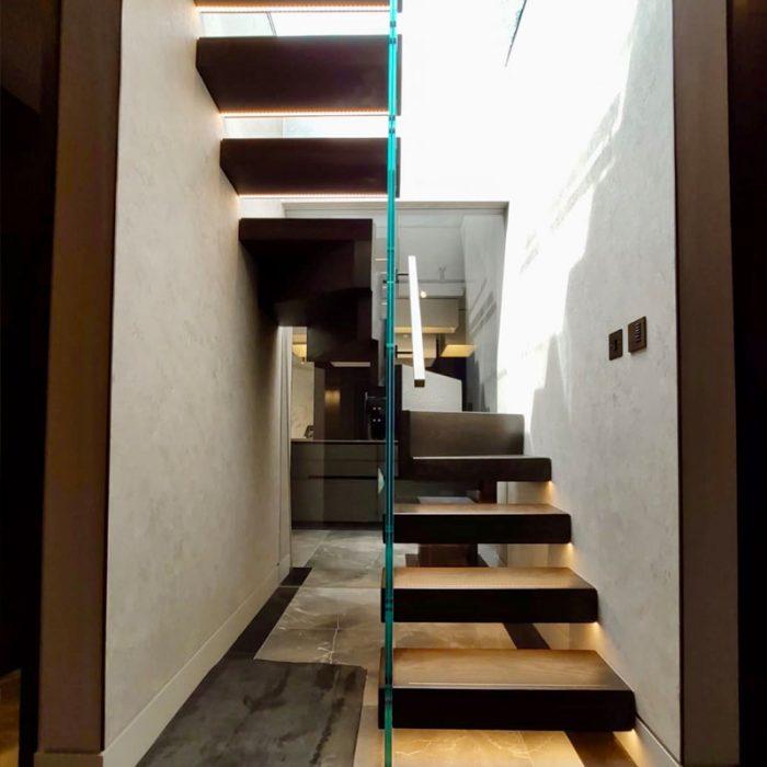 hansplace4-700x700 Staircase Portfolio