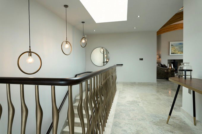Bullrush & Wisp Balustrade – Almond Gold