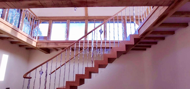 kentstairheader Kent Staircase