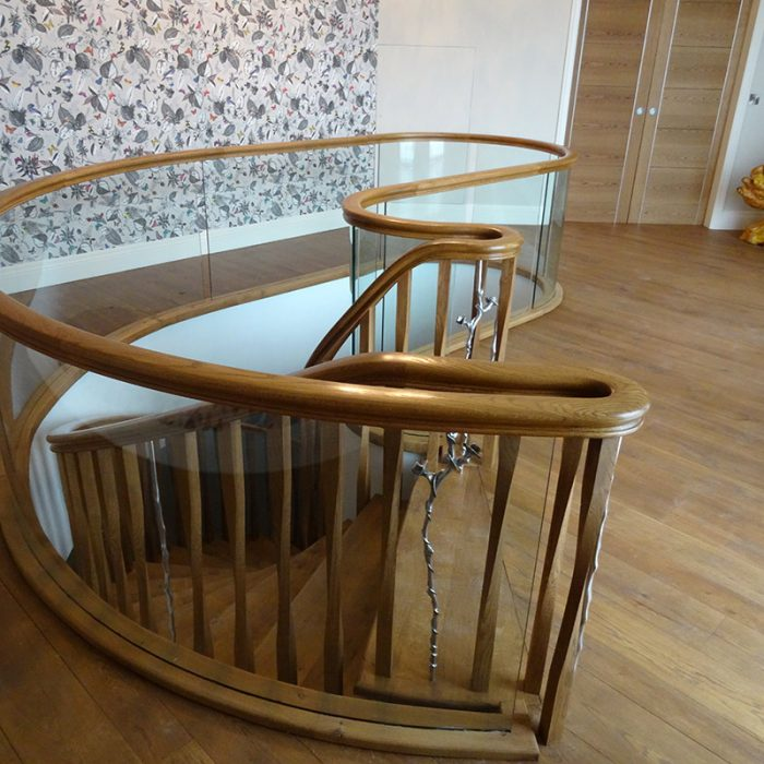 kidney-3-700x700 Bespoke Staircases
