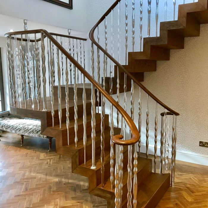 kingswood1-700x700 Staircase Portfolio