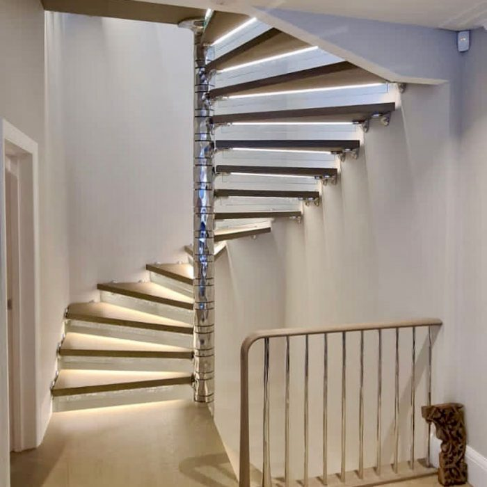 lavertonfeatured-700x700 Staircase Portfolio
