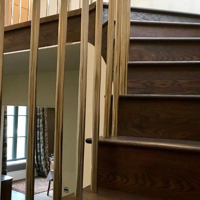 micklands2-700x700 Staircase Portfolio